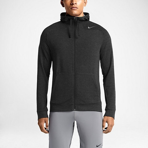 a97075bcb6b0 Men s Nike Dry Training Full Zip Hoodie. M 5b4219fb03087c5c8ced9647